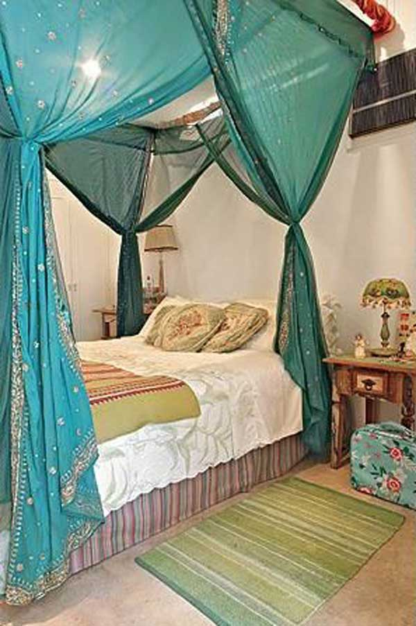 AD-DIY-Bed-Canopy-12