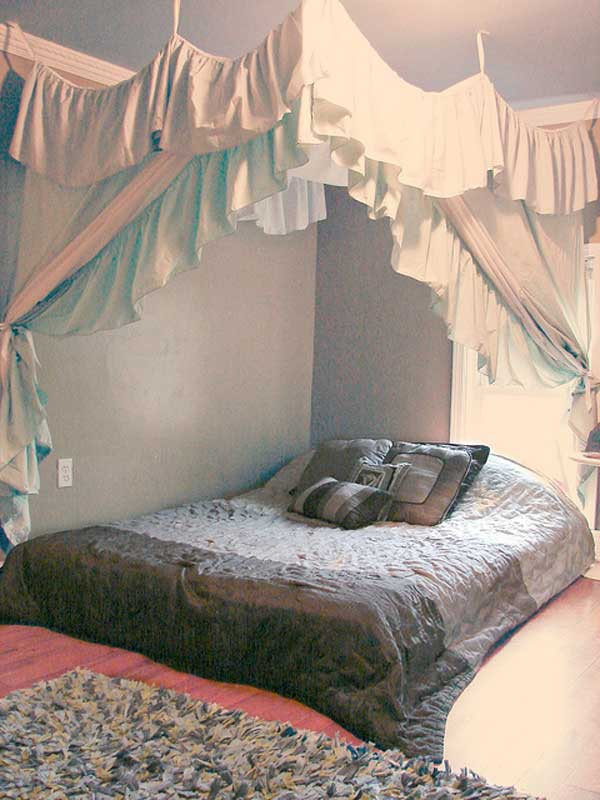 AD-DIY-Bed-Canopy-20