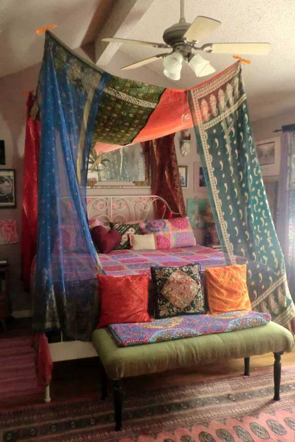AD-DIY-Bed-Canopy-7