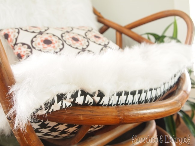 Recovering Egg Chair Cushions with fluffy white rug and houndstooth fabric! {Sawdust and Embryos}